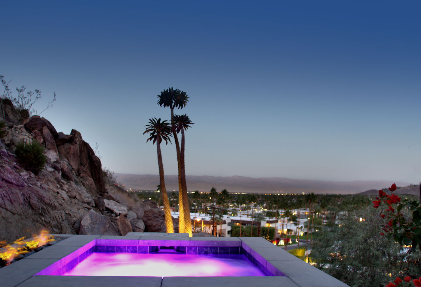 96 Jacuzzi+lights+with+firepit+and+unobstructed+views+of+desert+valley