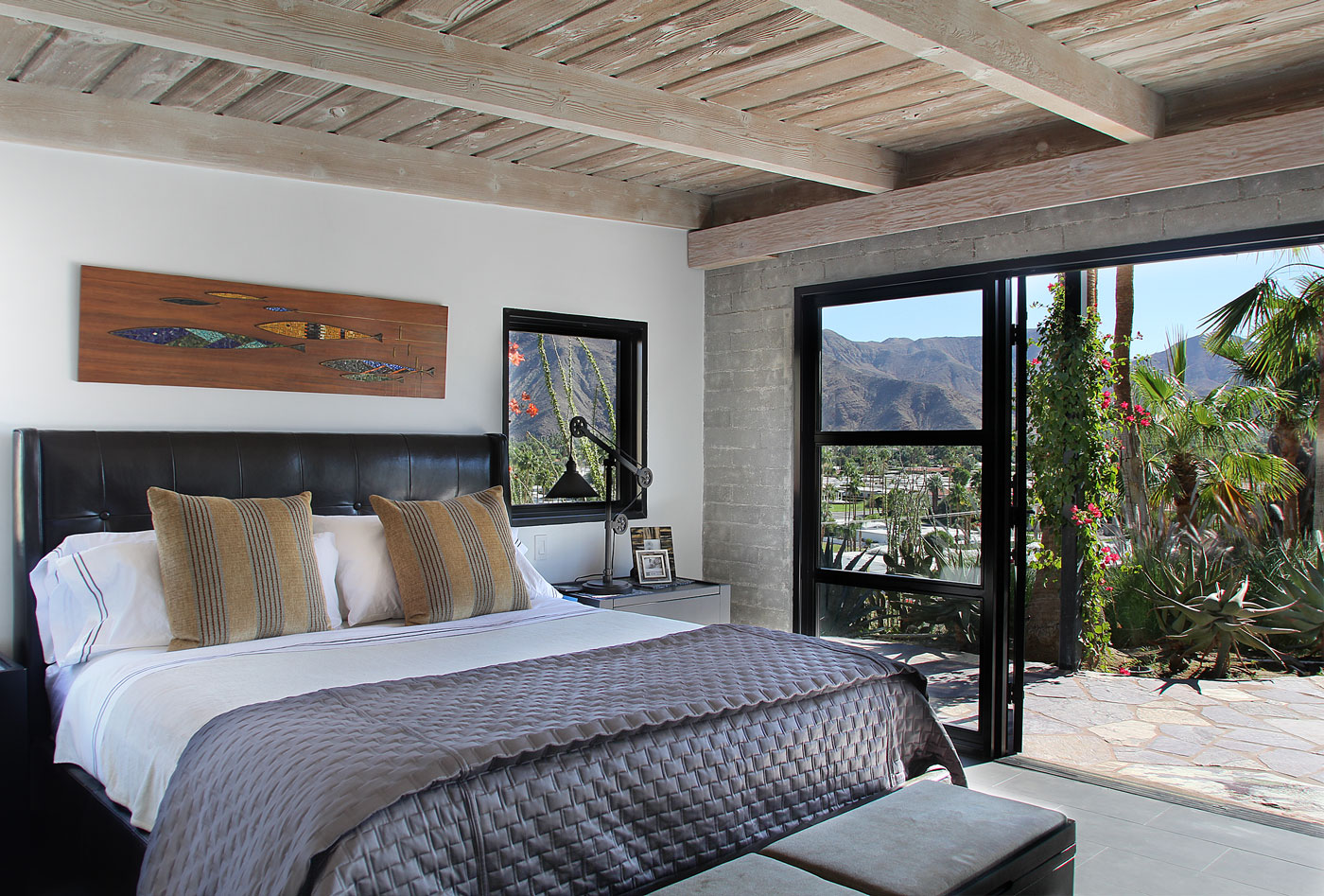 10 Master+suite+unobstructed+views+of+Palm+Springs+valley+and+San+Jacinto+mountains